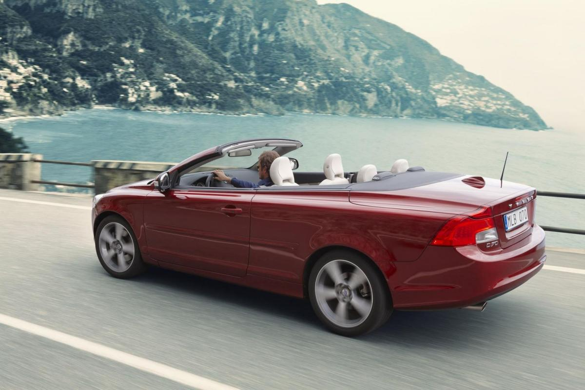 Volvo C70 Convertible >> Volvo C70 technical specifications and fuel economy